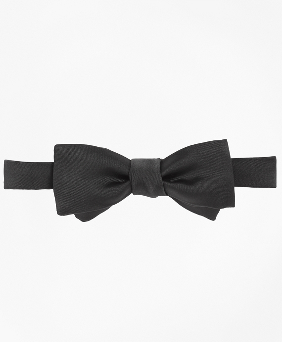 Satin Square End Bow Tie Black