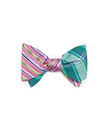 Alternating Bold Stripe with Seersucker Stripe Reversible Bow Tie