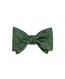 Spaced Medallion Bow Tie