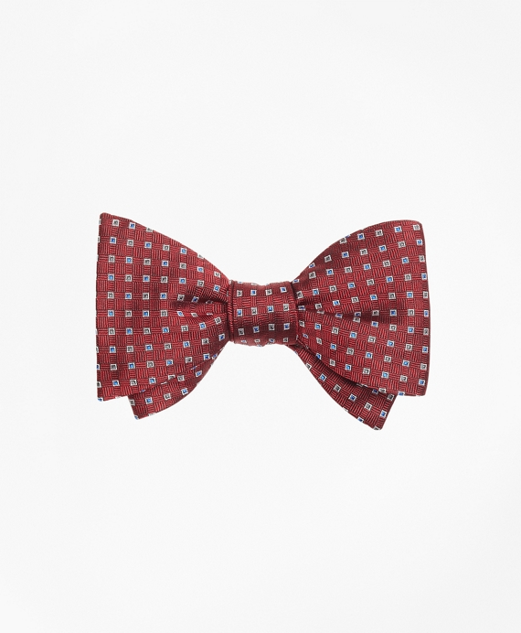 Alternating Squares Bow Tie Red