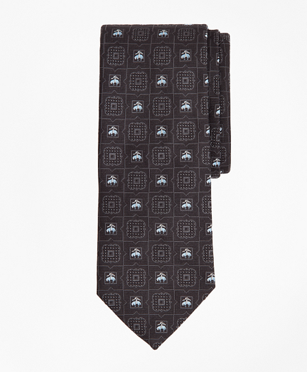 Medallion and Fleece Tie