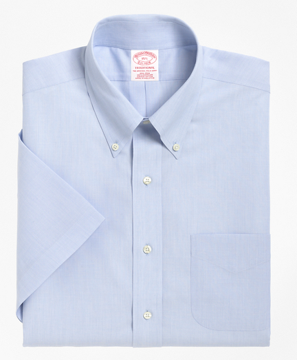 Traditional Relaxed-Fit Dress Shirt, Non-Iron Short-Sleeve