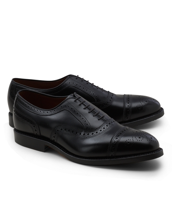 Medallion Perforated Captoes Black