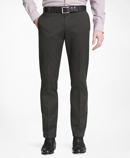 Milano Fit Plain-Front Lightweight Advantage Chinos®