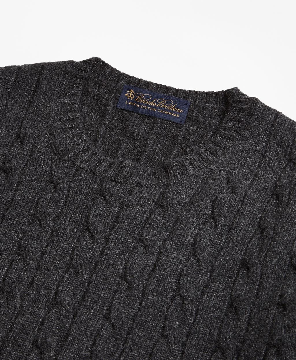 Cable Knit Crewneck Cashmere Sweater
