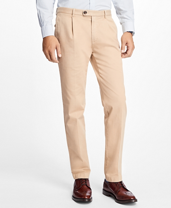 Slim-Fit Pleat-Front Garment-Dyed Stretch Chinos Tan