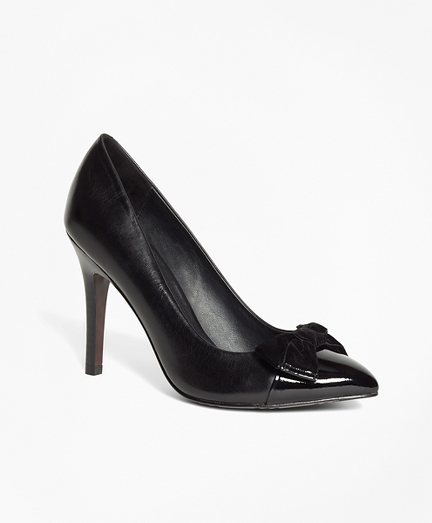 Captoe Pumps