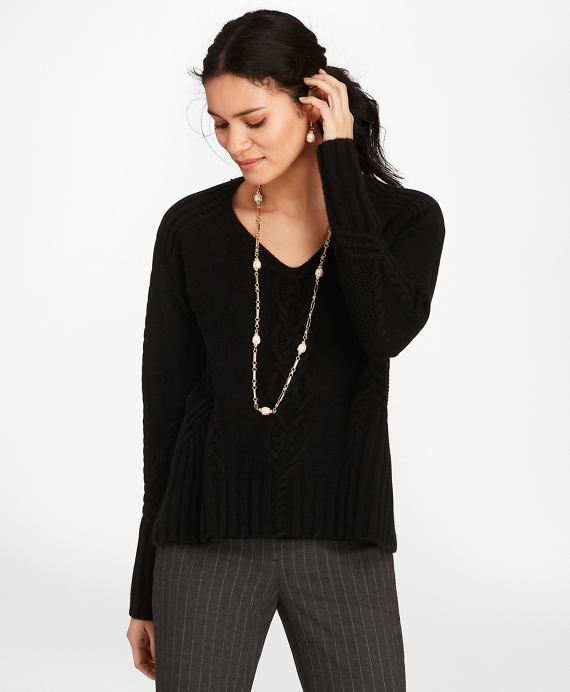 Cable-Knit Cashmere Swing Sweater Black